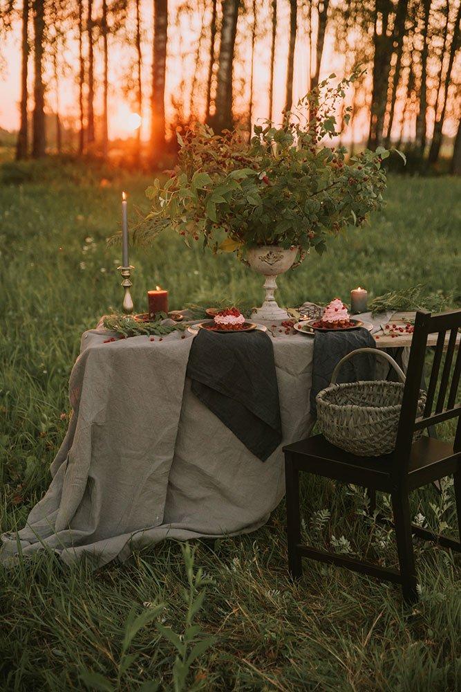 tovaglie a noleggio le inspiration allestimento verde al tramonto